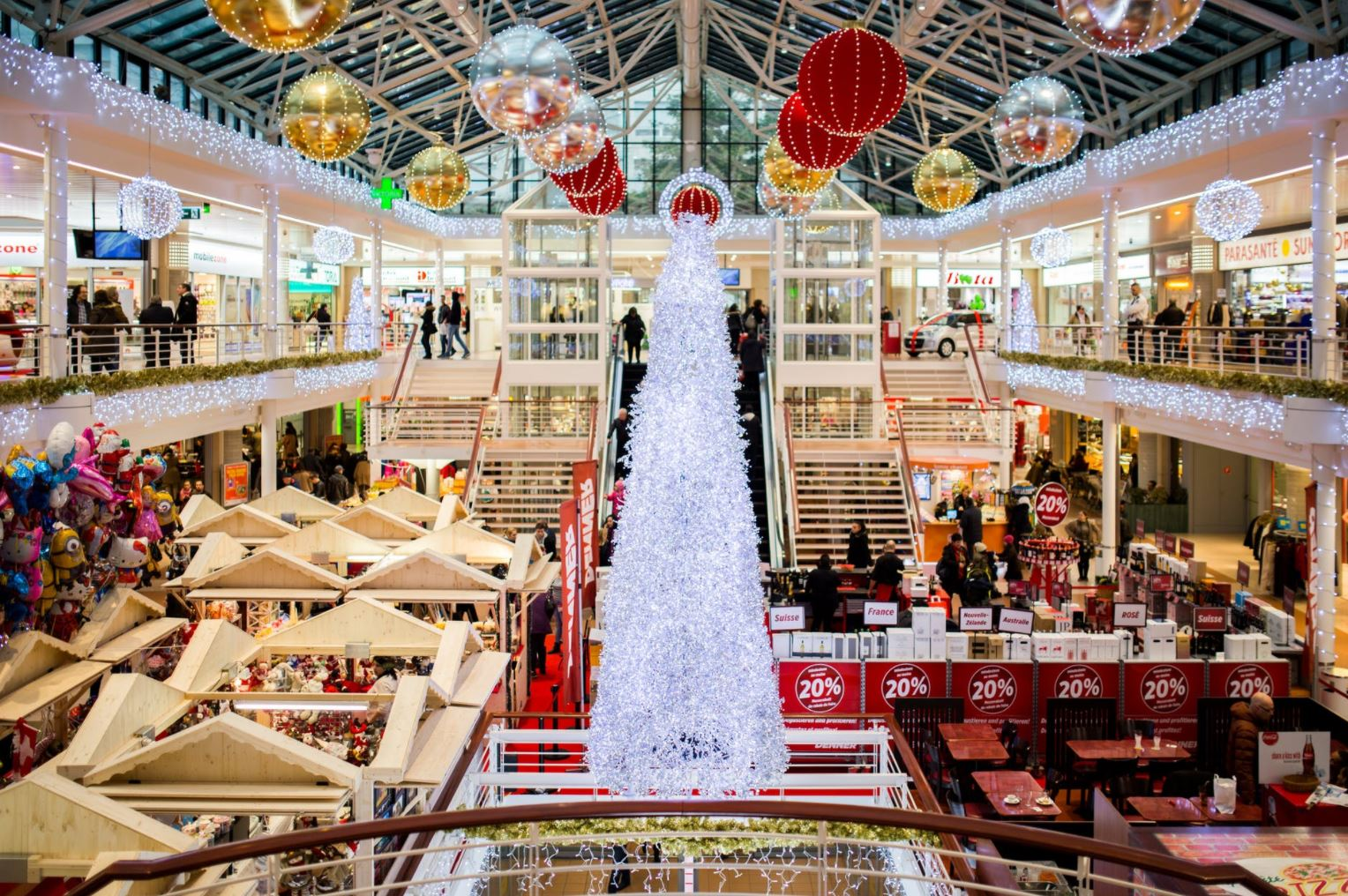 Shops May Operate 24/7 Over The Christmas Period